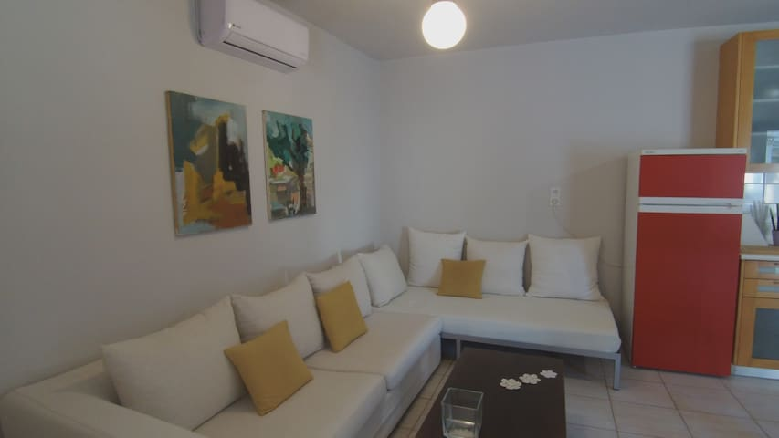 The lounge, with an extra bed and a sofa