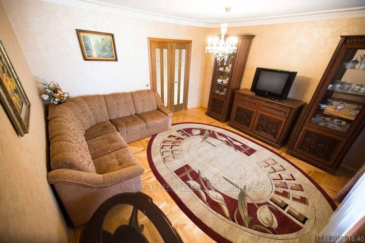 Комфортна квартира VIP класу 10хв до пл. Ринок - L'viv - Apartemen