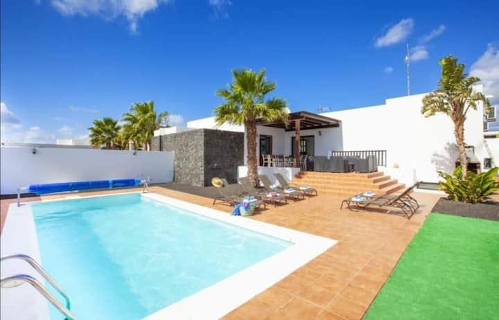Villa Manrique
