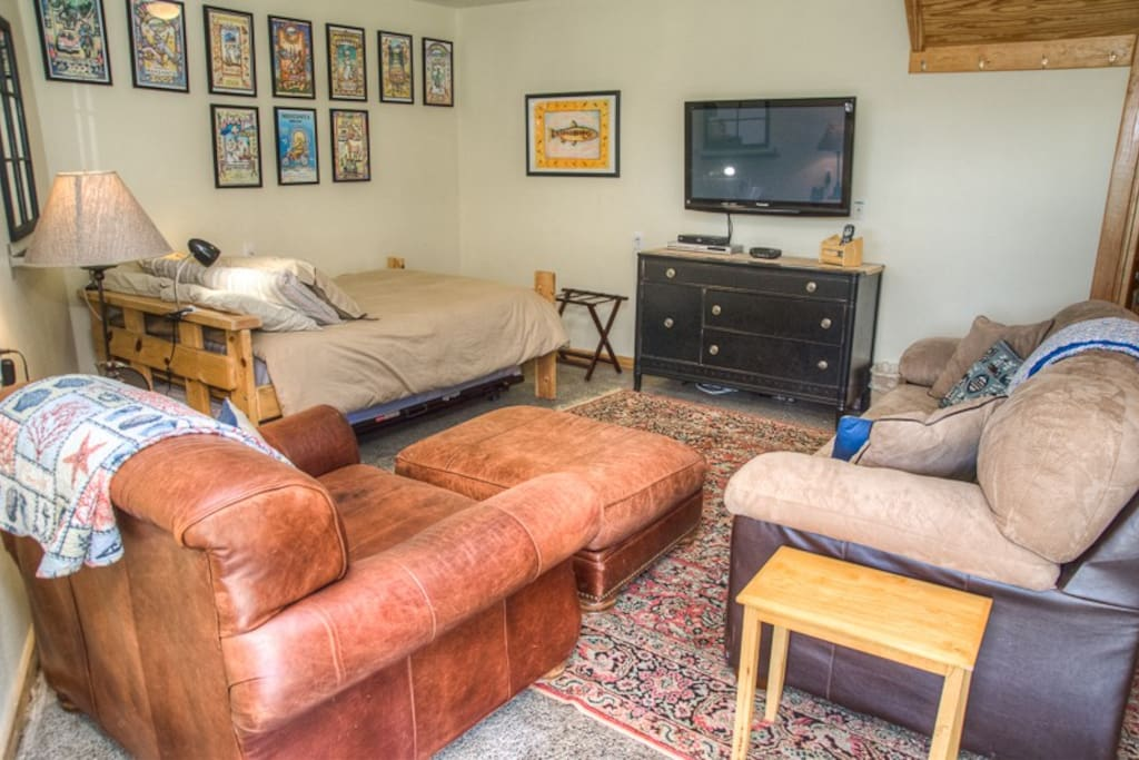 Downstairs bedroom has a large lounge chair & TV with DVD player.