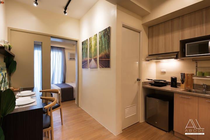Flat EMBLA: Modern Zen 1-BR w/ Balcony