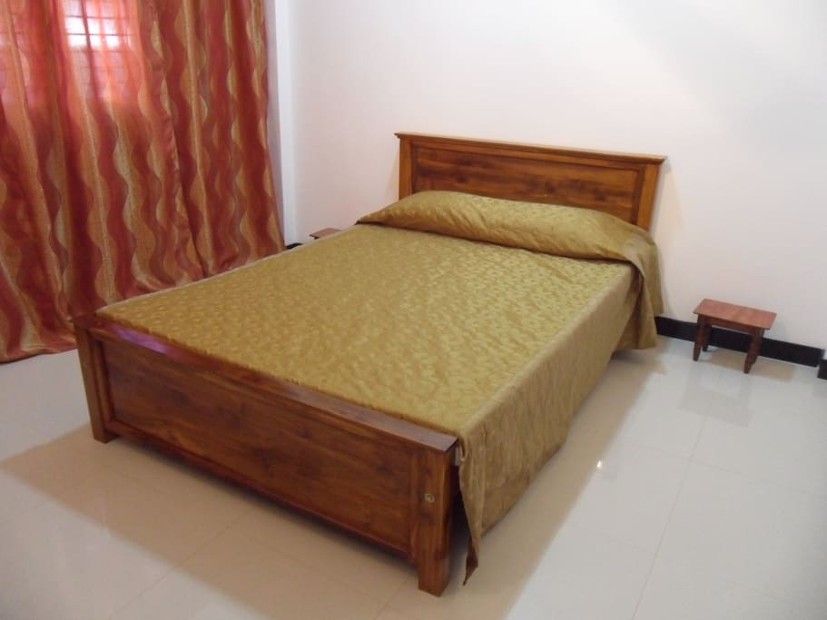 Main Bedroom (Double Bed)