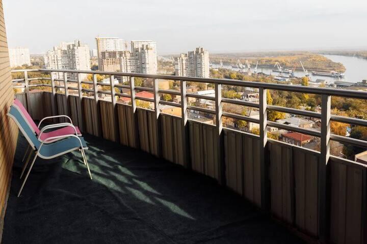 Апартаменты с потрясающим видом в центре Ростова