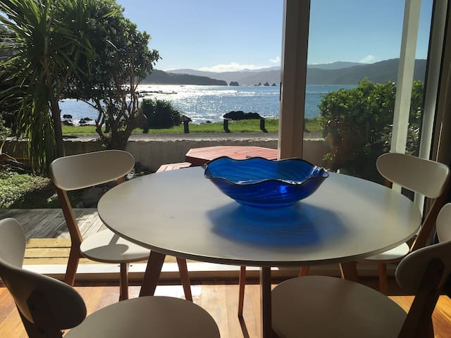 The Little Blue Penguin Retreat in Breaker Bay