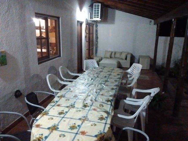 Estamos para servirte - San Nicolás de Los Arroyos - Casa de vacances