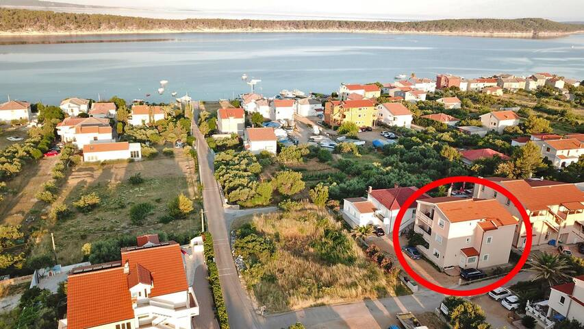 One bedroom apartment with balcony and sea view Barbat, Rab (A-14390-a)