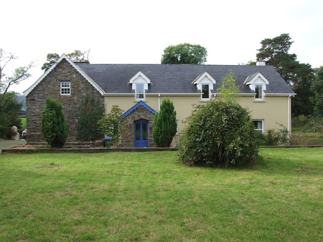 Country home 20 mins from Killarney