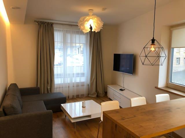 Vilnius VIP Classic White