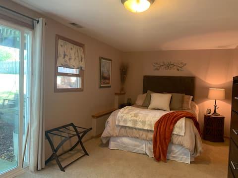 Bright, Homey, Large, Loving Suite