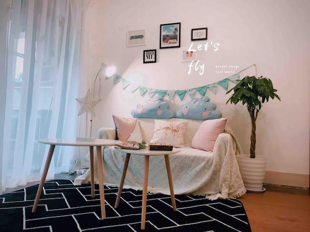 Flamingo InnⅡ•三房一厅简约INS主题房间地铁上盖直达广交会/广美/广医二院