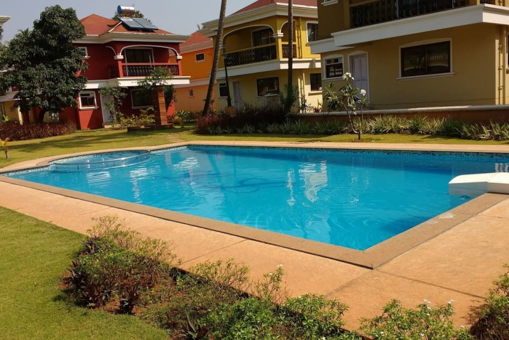Large Swimming pool, Childrens too