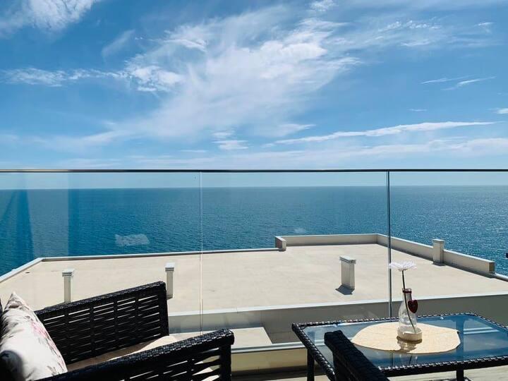 A9 beach apartment