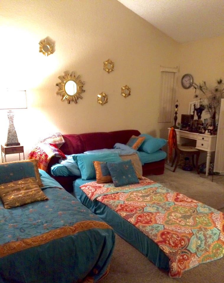 Room can be set up to accommodate up to 3 guests.
