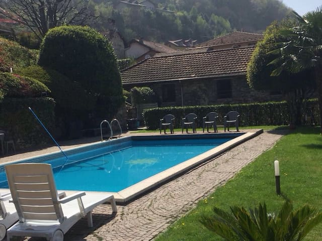 THE AMAZING COTTAGE (Pool&Beach) - Omegna - House
