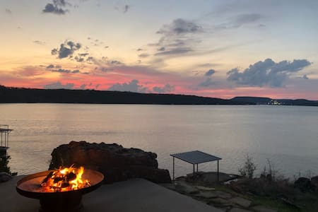Casa Con Vista . Lake Palo Pinto . Fully Furnished