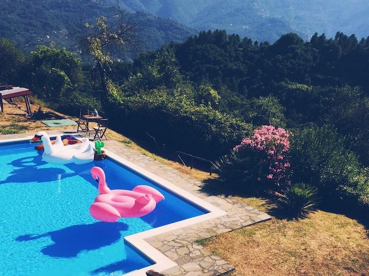 Near Cinque Terre - Mountain Farmhouse with Pool