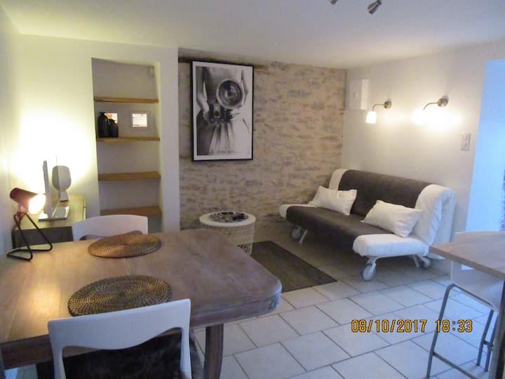 Studio avec son patio et piscine partagée, Cahors