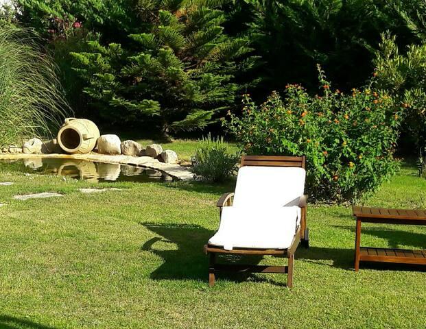 Mediterranean house with garden - San Vito dei Normanni - วิลล่า