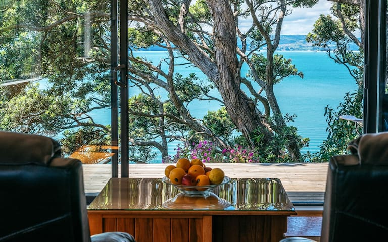 Top Of The Steps, waihekeparadise, hideaway for 2