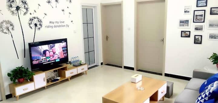 宝塔山兴延小区两居室影视房