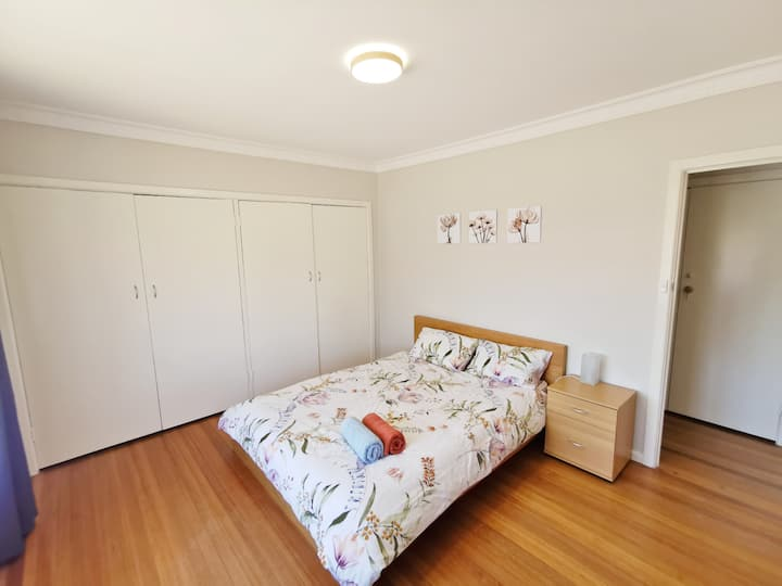Large comfortable house - 3 bed rooms available