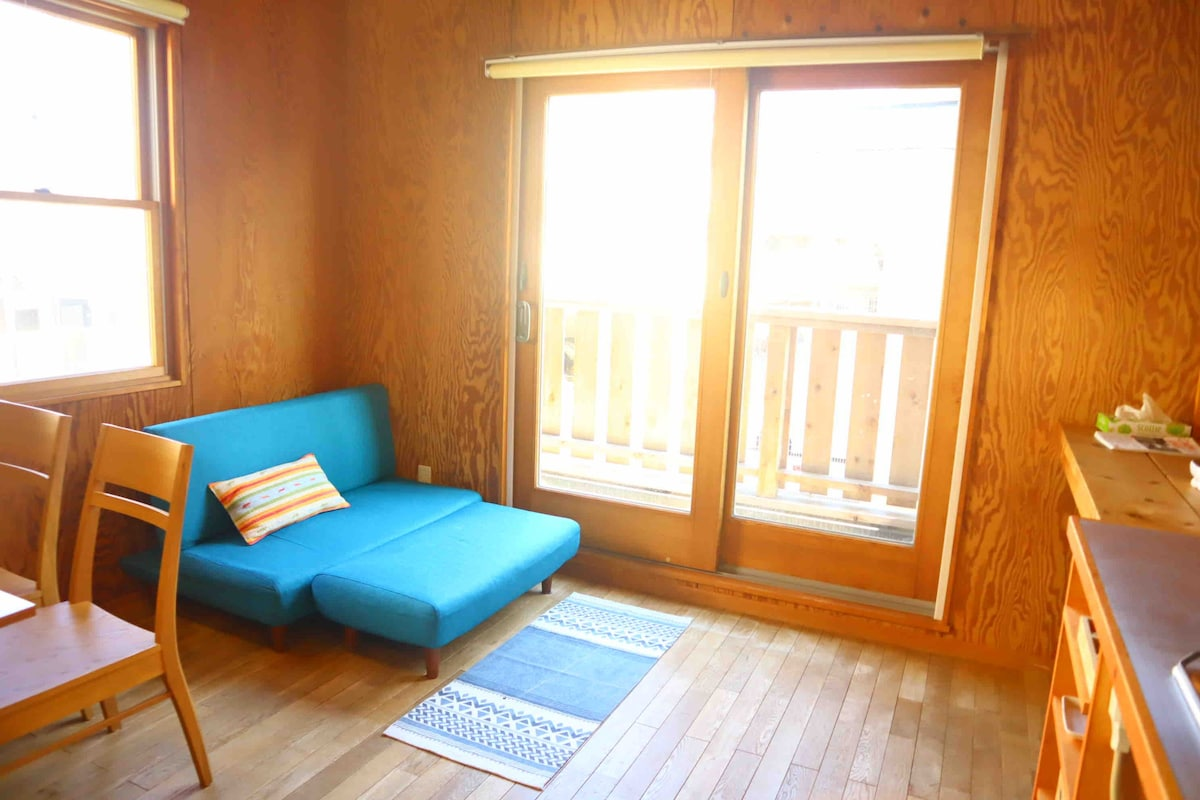 AMIGO INN 逗子ビーチから徒歩1分のウッドハウス(一棟貸切)