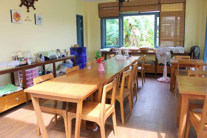Organic Vegetable Garden & Cooking Class 1