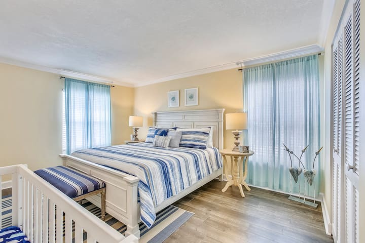 Guest bedroom - King sized bed and a Crib