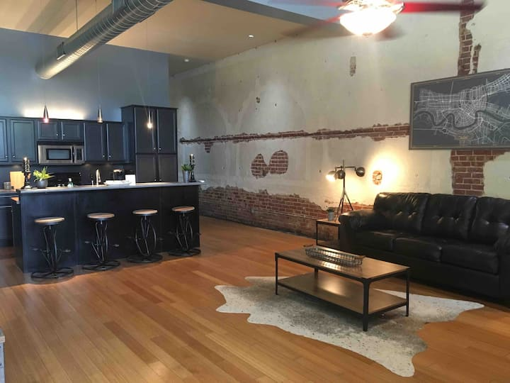 Crescent City Loft #101- Downtown