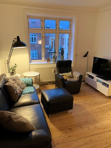 Cozy apartment in central location, close to metro