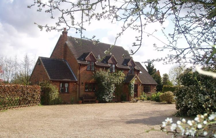 Cherrytree Farm - Luxury Country House Nr Dedham