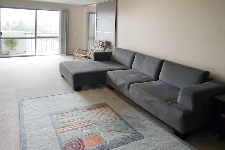 Lovely spacious apartment & FREE parking - Auckland - Pis