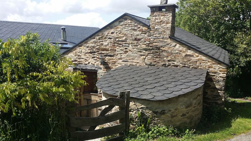 La Cabaña. Galicia Retreat Spain - Ortigueira - House