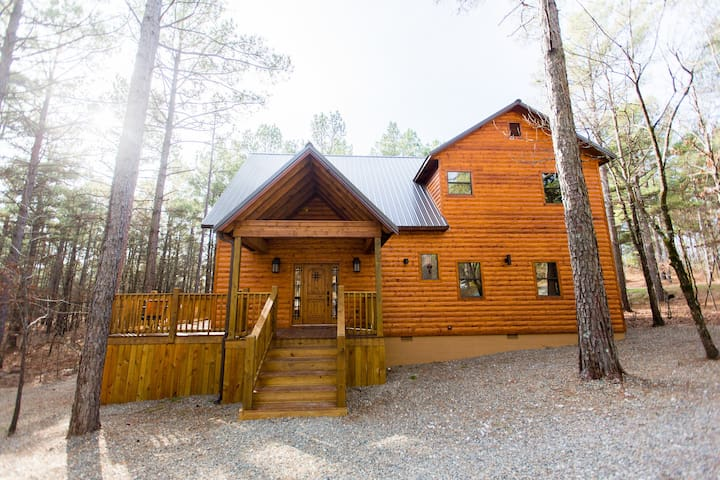 Time Well Wasted Luxury, 4Br,3 1/2B - Broken Bow - Kulübe