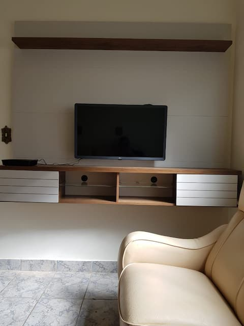 Cozy Apartment, Noble Area of the City