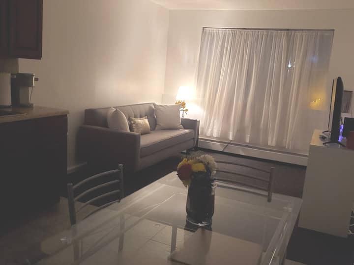 SUSANNA'S SUITE SPOT'S  2  Cozy Bedrooms C