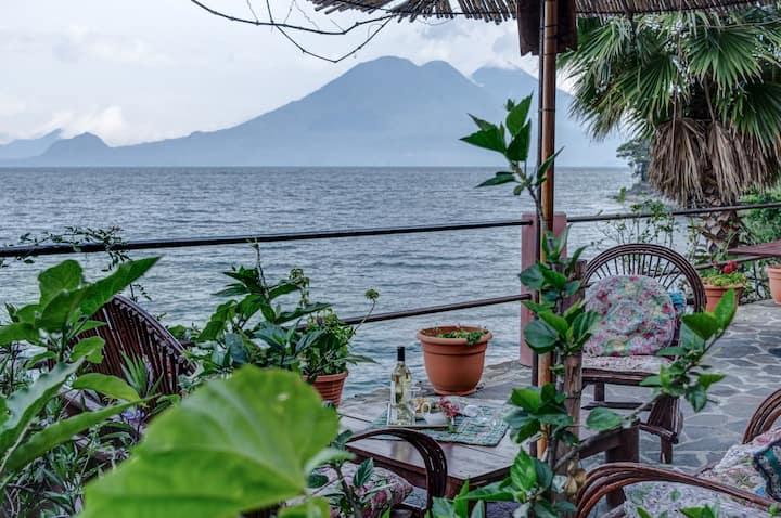 Colibri, Lakeside, En-suite Cabana, kitchenette