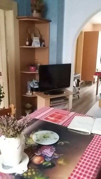 cuisine ouverte sur salon/salle