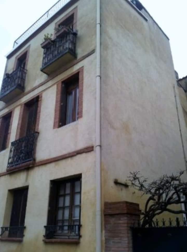 Studio - hyper centre - quartier des Chalets