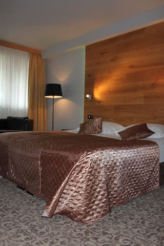 Hotel Ljubljana Resort-single room - Lubiana - Bed & Breakfast
