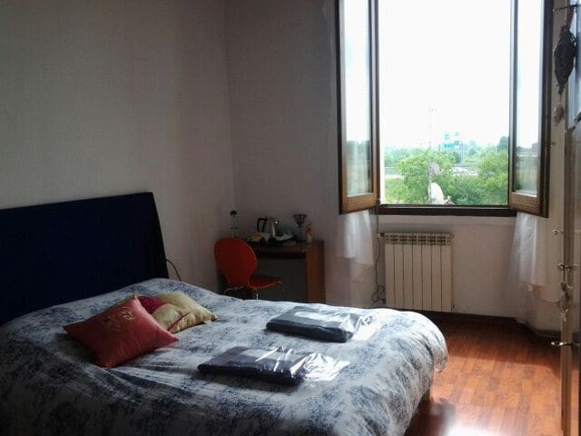CAMERE DISPONIBILI - Milaan - Appartement