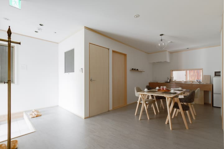4min to Kyoto Gion area! Royal entire house!