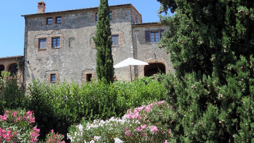 Il Castelletto: a house for 6 in Tuscany's heart - Volterra - Pensione