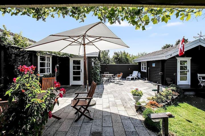 Sommerhus idyl - Græsted - Cottage