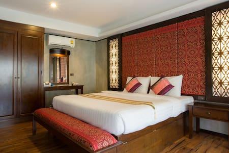 Cozy Villa to Party on Phi Phi! - Ao Nang - Villa