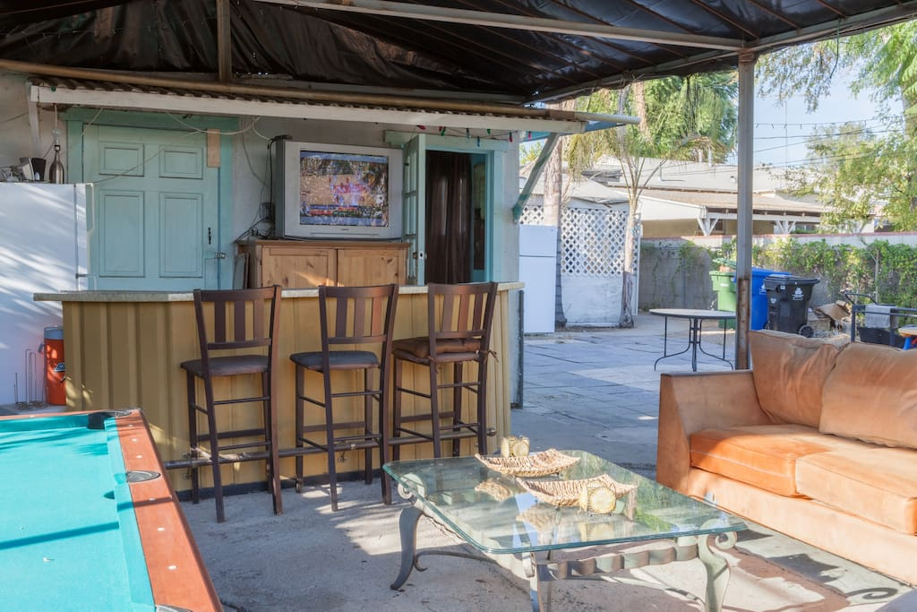 Outdoor bar and lounge area