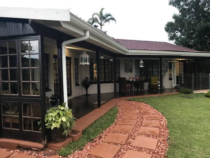Beautiful en-suite bedroom in Umhlanga home