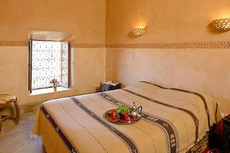 double  Room Breakfast & wifi & Swimming pool