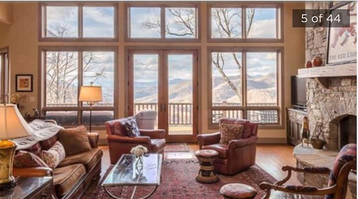 Bear Lake Reserve Mountain Resort near AshevilleNC
