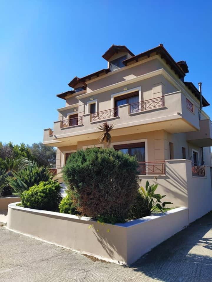 Emma's Luxury Villa